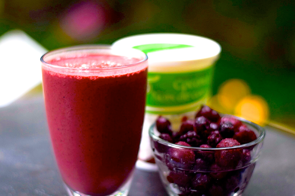 Pomegranate and Kale Power Smoothie